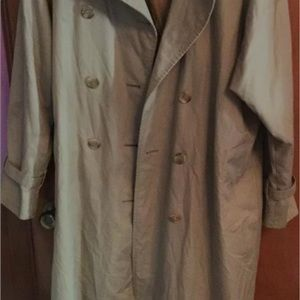🎈Burberry Tan Double breasted Trench-coat Lined